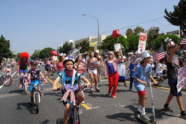 4th of July Parade - Main Street, Santa Monica